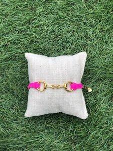 Armbandje met bit roze